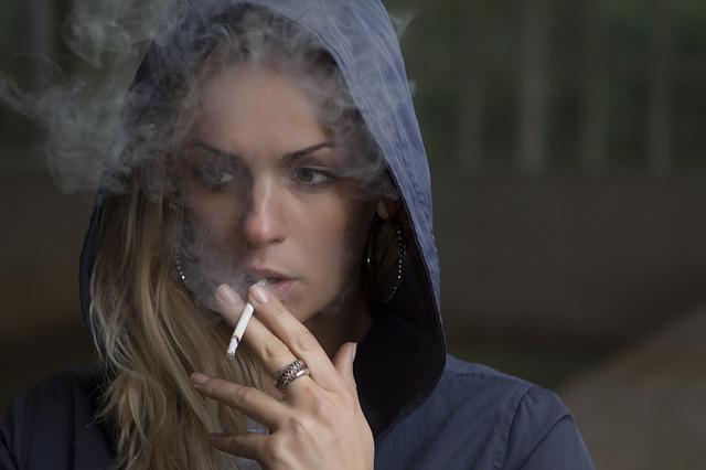 donne fumo